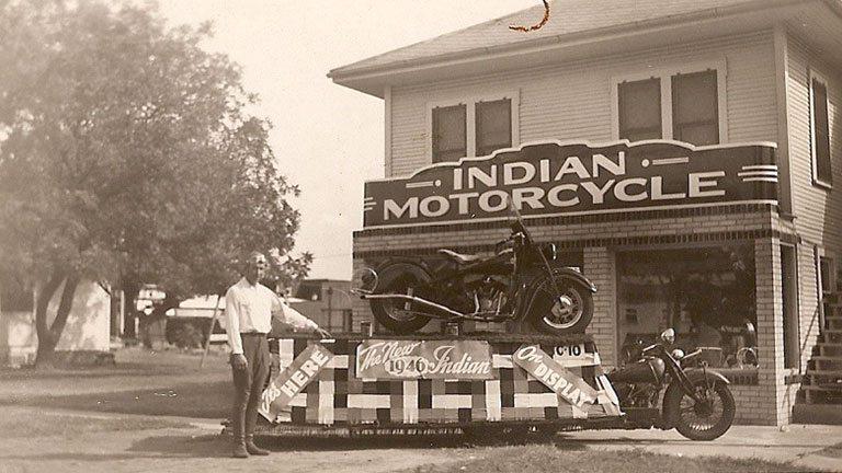 אינדיאן 1946