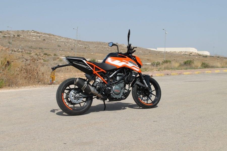 מעולה ק.ט.מ דיוק 250 / רכיבת מבחן / אופנוע A1 | TheDoo UV-86