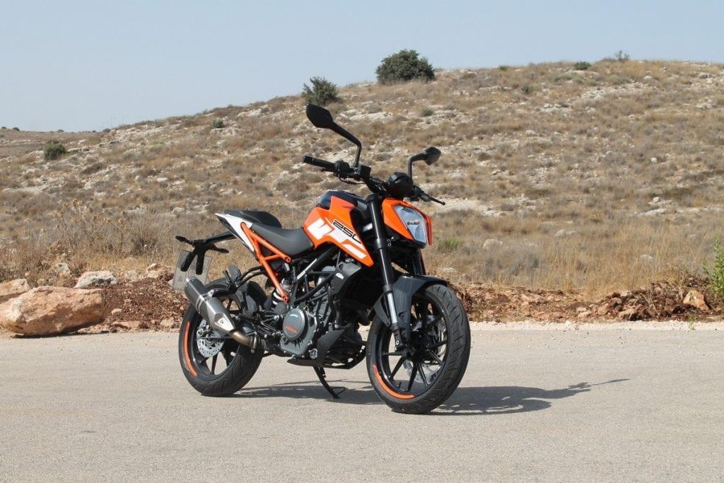 סנסציוני ק.ט.מ דיוק 250 / רכיבת מבחן / אופנוע A1   TheDoo XR-22