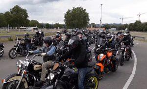 עשרות אלפי רוכבים מפגינים בגרמניה