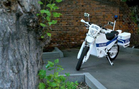 קלצ'ניקוב לכל רוכב: תכירו את האופנוע החשמלי מרוסיה