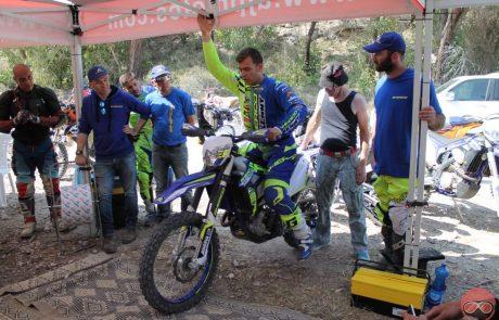 לורנזו סנטולינו הגיע לתת בגז עבור יבואנית שרקו ואורחיה