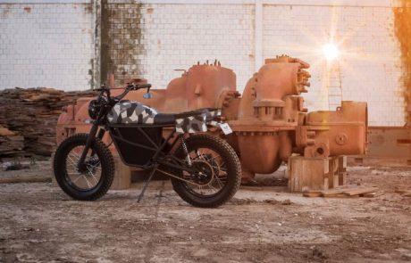 זרם הפוך: בארה״ב מייצרים אופנועים חשמליים ישנים